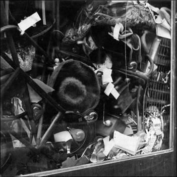 """2. Arman, """"Le plein"""", 1959"""